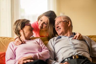 Comment aider ses petits-enfants financièrement